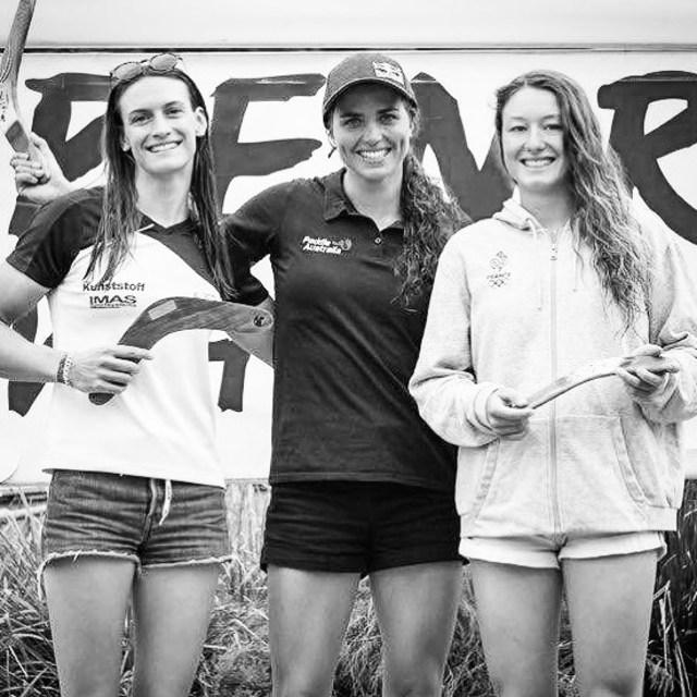 Hiko Boomerang Team 🦘🦘🦘 Congratulation girls!!! . . . . . 📷 @mudgeeevents&sportspics #inwaterwelive #weareoutthere #planetcanoe #canoeslalom #penrith #sydney #australia