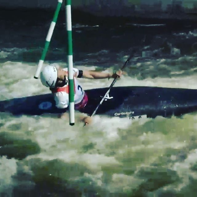 When there is lack of precision, substitute with persistence... . . . . #oldbutgold #icfcanoe #planetcanoe #canoeslalomfails #czechcanoe #inwaterwelive #weareoutthere #hikoteam