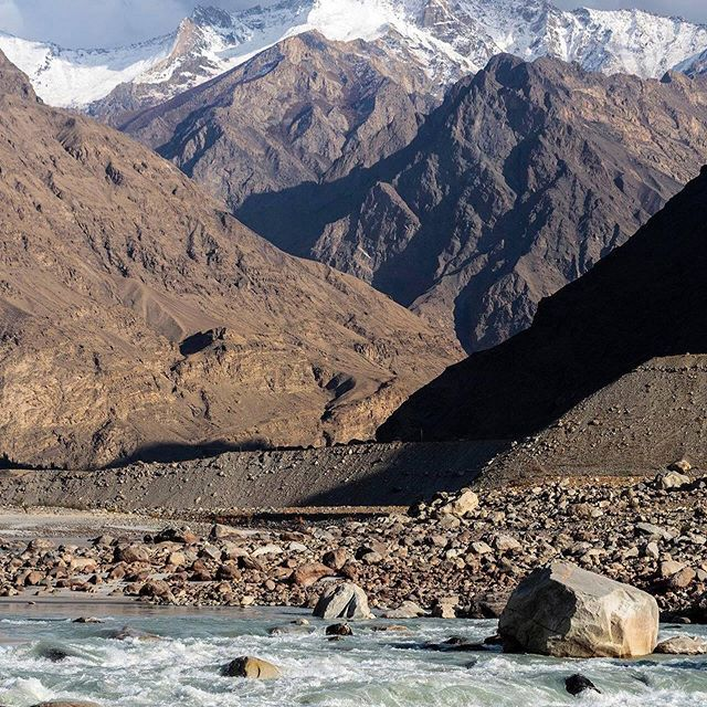 Indus descending through Karakoram...this place makes you feel tiny #inwaterwelive